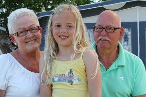 Opa und Oma Arrangement