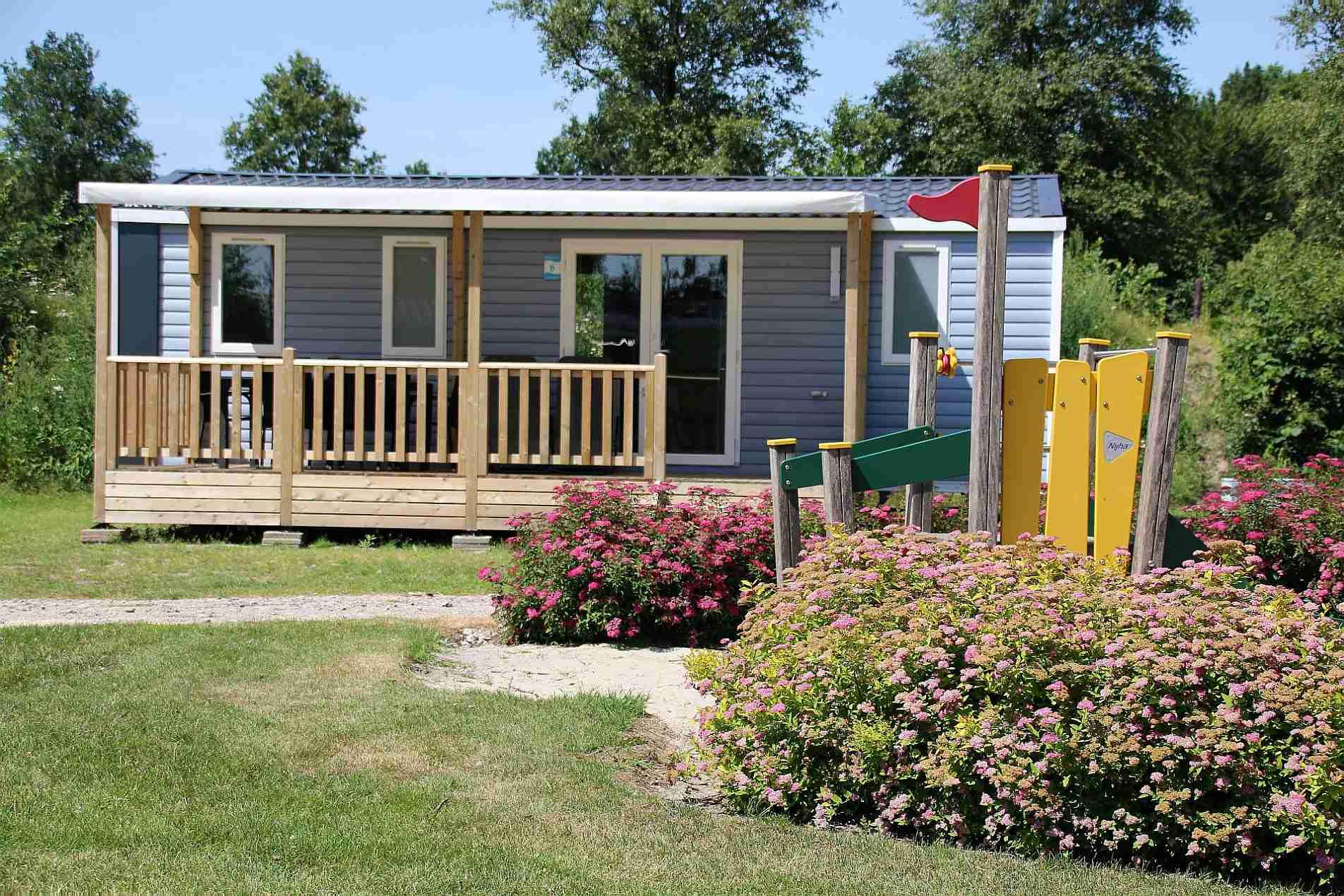 5-Sterne Ferienpark in Overijssel mit großem Badesee - Ferienpark in Overijssel