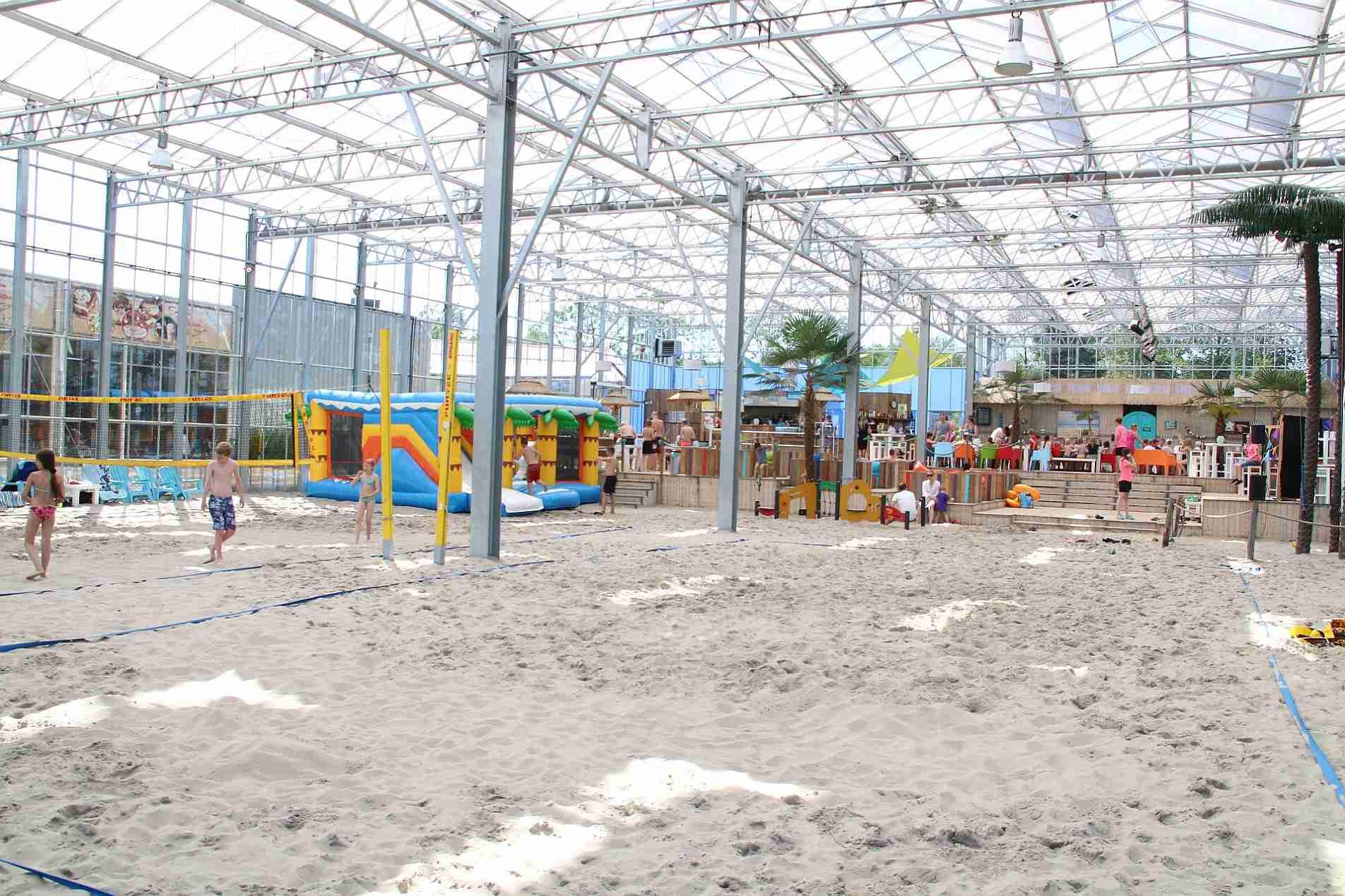Außergewöhnlicher Urlaub mit Indoor-Strand in Holland - Indoorstrand in holland