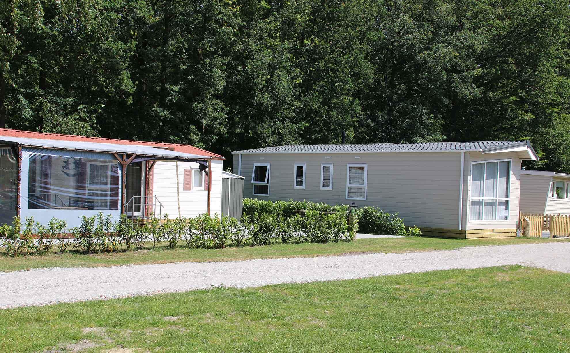 Stellplätze für Dauercamper mit Mobilheim oder Wohnwagen - Ein Dauercamper