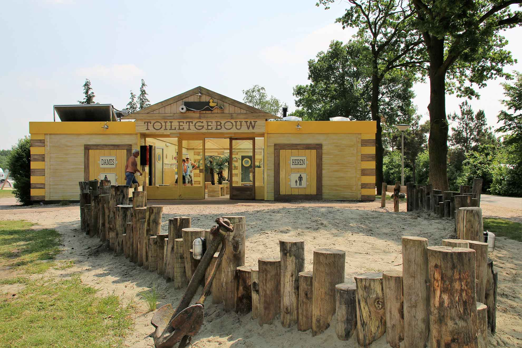 Sanitäranlagen auf dem Campingplatz Het Stoetenslagh - Sanitäranlagen auf dem Campingplatz Stoetenslagh
